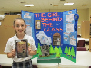 Olivia Myers wins 1st place in 5th grade group