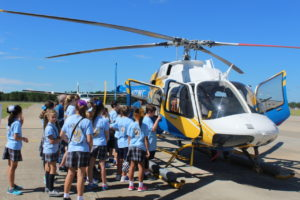 olf-students-tour-medical-helicopter